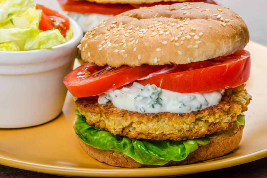 basil chickpea burger
