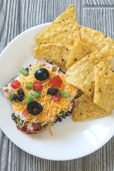 7 layer Mexican dip with chips