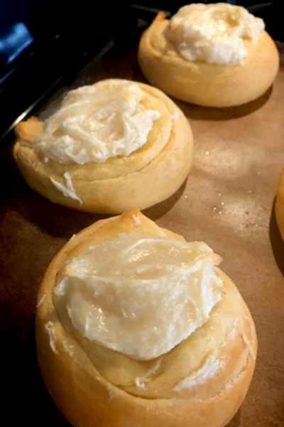 baked cream cheese danish