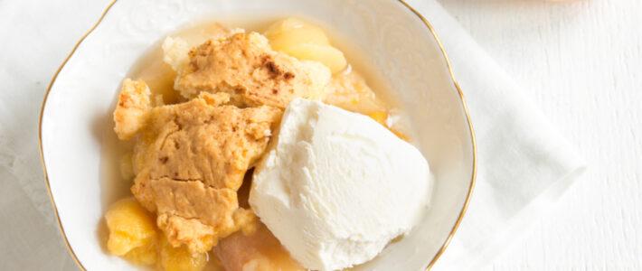 Easy Peach Cobbler Recipe – Just 5 Ingredients