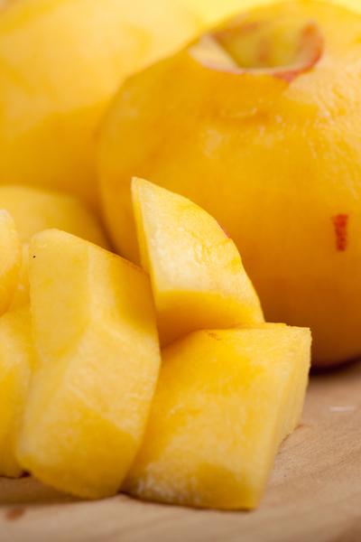 peeling peaches