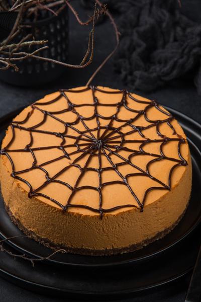 Halloween pumpkin cheesecake