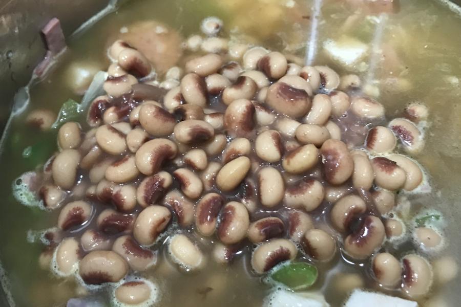 black eyed peas for jambalaya