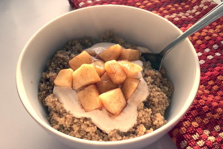 apple quinoa breakfast bowl