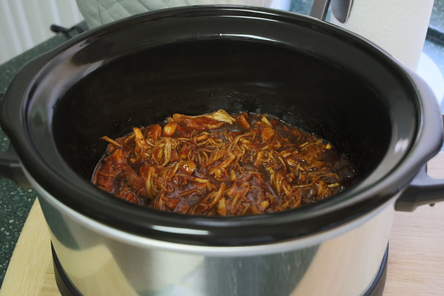 slow cooker barbecue chicken shredded