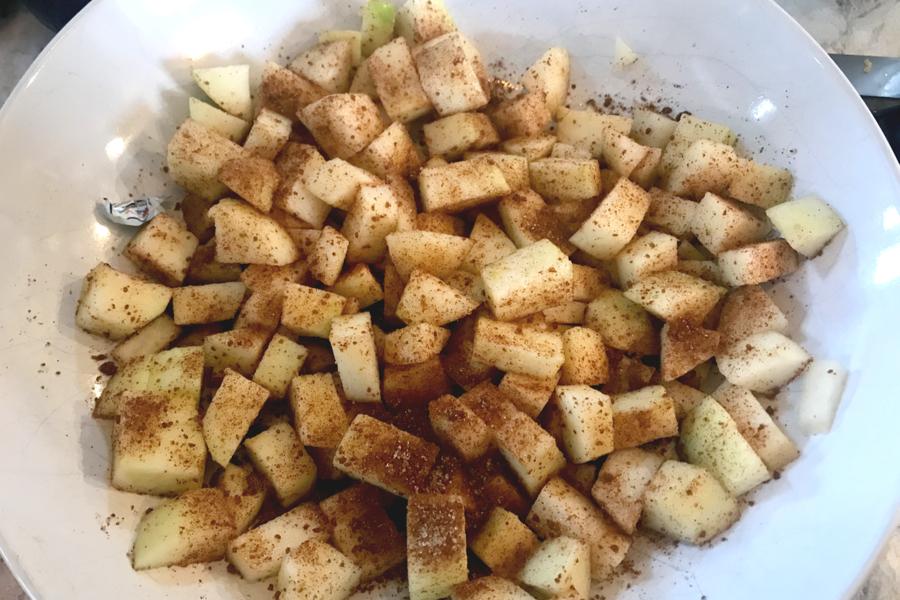 cinnamon sugar diced apples
