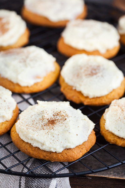 easy pumpkin cookies with cream cheese icing