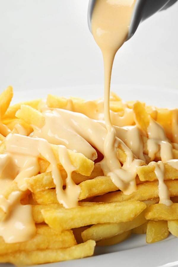cheese sauce on fries